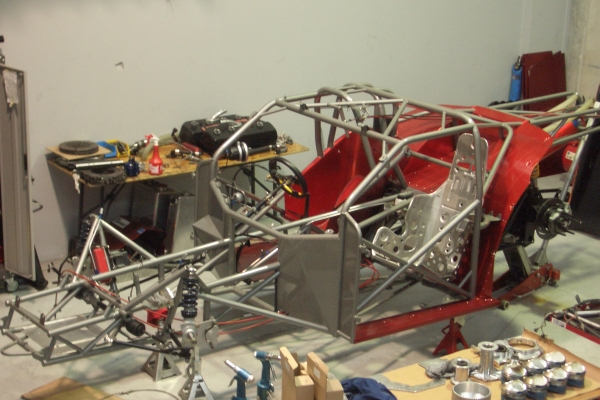 Wayne Yearbury has been busy repainting his chassis